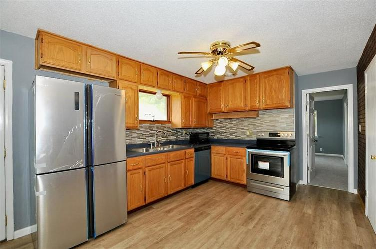 3538 Pinecrest Road Indianapolis IN 46234   MLS 21708695   photo 34