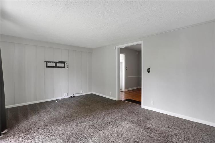 2519 Ryan Drive Indianapolis IN 46220 | MLS 21708721 | photo 10