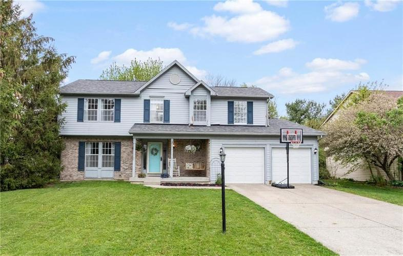 7821 Winding Creek Drive Indianapolis IN 46236 | MLS 21708831 | photo 1