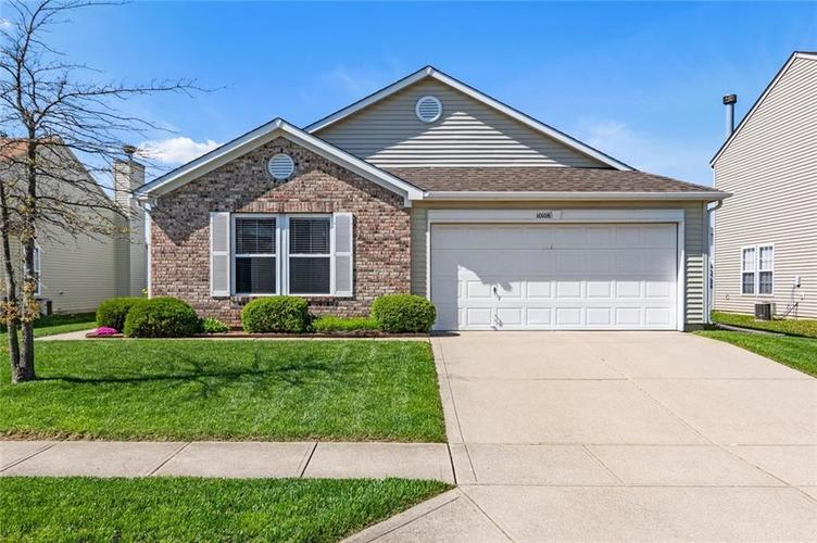 10108 Clear Creek Circle Indianapolis IN 46234 | MLS 21708834 | photo 1