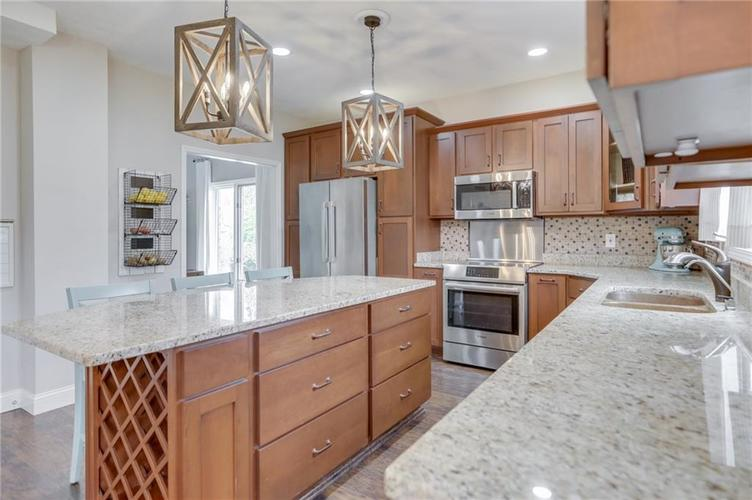 9502 Northwind Court Indianapolis IN 46256 | MLS 21708856 | photo 13