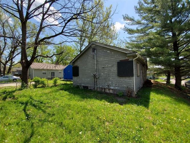 25022504 E 16th Street Indianapolis IN 46201   MLS 21708866   photo 3