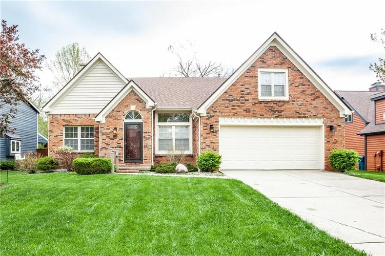 7583 Pinesprings East Drive Indianapolis IN 46256 | MLS 21709059 | photo 1