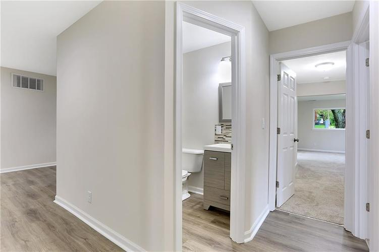 1305 N Gibson Avenue Indianapolis IN 46219 | MLS 21709210 | photo 13