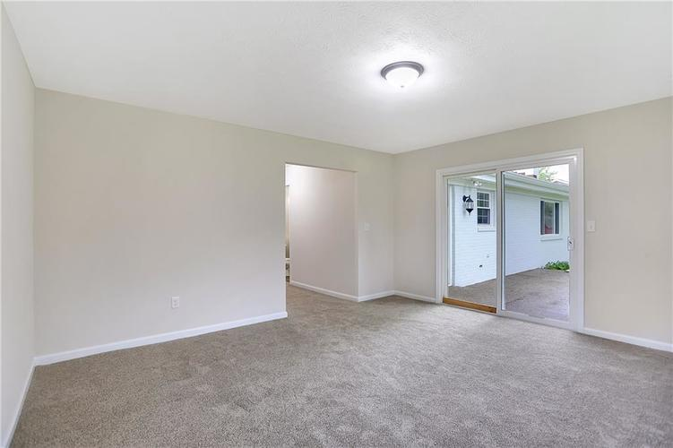 1305 N Gibson Avenue Indianapolis IN 46219 | MLS 21709210 | photo 16