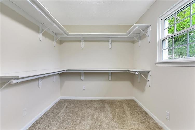 1305 N Gibson Avenue Indianapolis IN 46219 | MLS 21709210 | photo 18