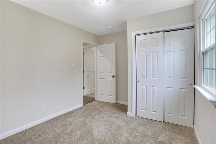 1305 N Gibson Avenue Indianapolis IN 46219 | MLS 21709210 | photo 22