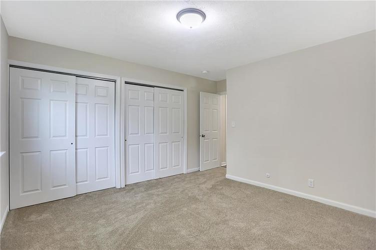 1305 N Gibson Avenue Indianapolis IN 46219 | MLS 21709210 | photo 26