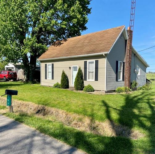 753 S County Road 100 W Brownstown IN 47220 | MLS 21709225 | photo 1