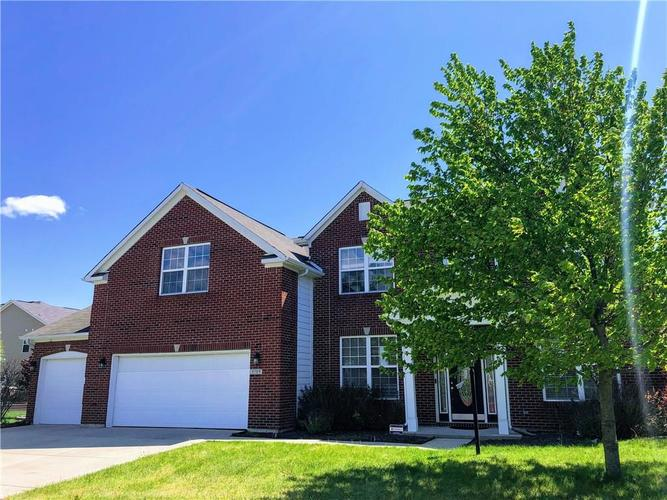 9709 Brook Meadow Drive McCordsville IN 46055 | MLS 21709255 | photo 1