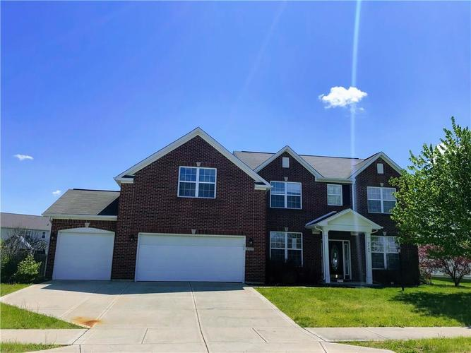 9709 Brook Meadow Drive McCordsville IN 46055 | MLS 21709255 | photo 2