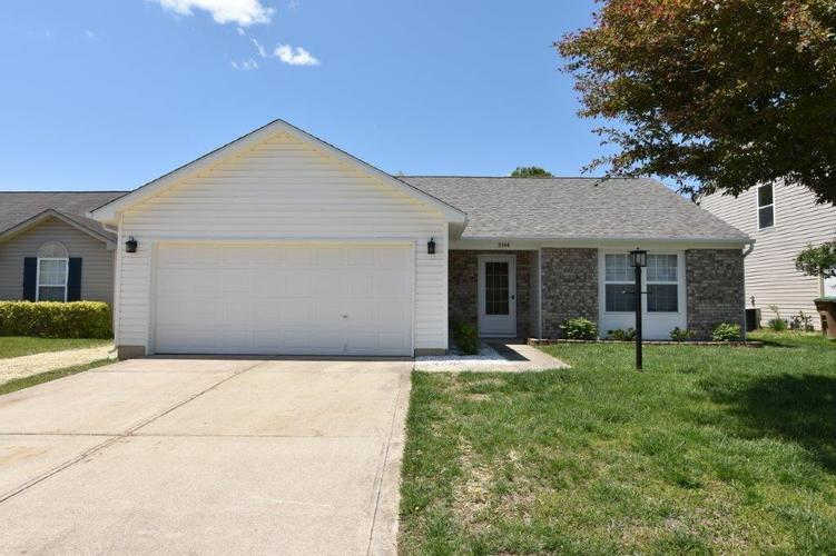 3144 Rolling Hill Drive Columbus IN 47201   MLS 21709274   photo 1