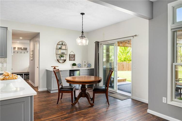 7310 Hartington Place Indianapolis IN 46259 | MLS 21709278 | photo 12