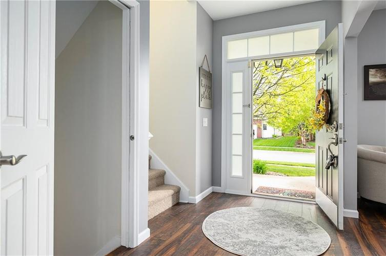 7310 Hartington Place Indianapolis IN 46259 | MLS 21709278 | photo 3