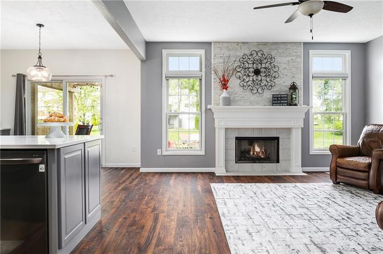 7310 Hartington Place Indianapolis IN 46259 | MLS 21709278 | photo 5