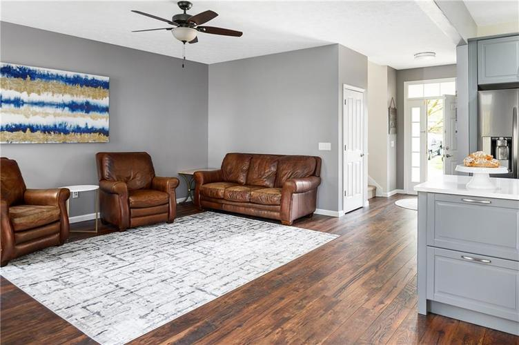 7310 Hartington Place Indianapolis IN 46259 | MLS 21709278 | photo 7