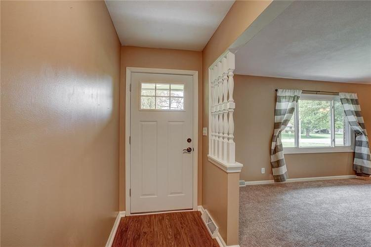 330 Woodland Drive E Greenfield IN 46140 | MLS 21709281 | photo 10