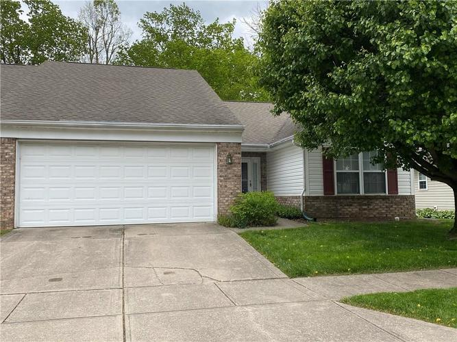 5413 Spring Creek Circle Indianapolis IN 46254 | MLS 21709302 | photo 1
