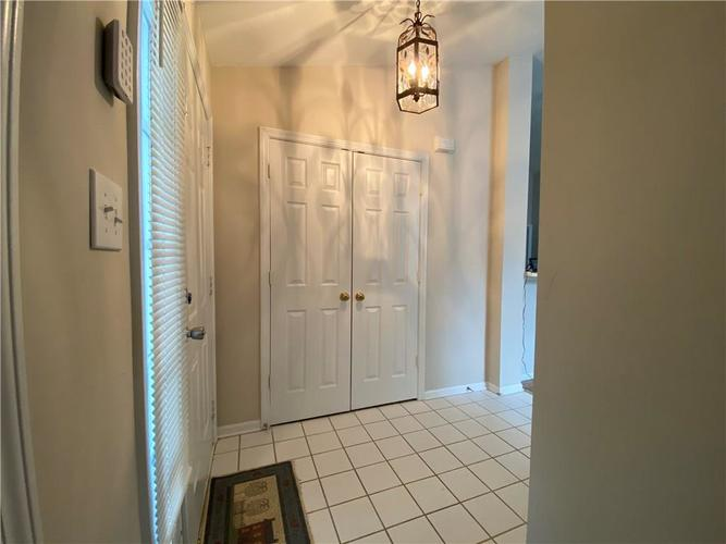 5413 Spring Creek Circle Indianapolis IN 46254 | MLS 21709302 | photo 10