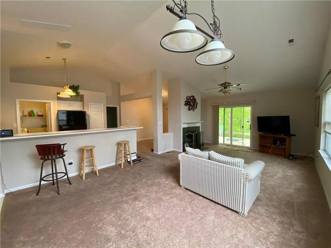 5413 Spring Creek Circle Indianapolis IN 46254 | MLS 21709302 | photo 12