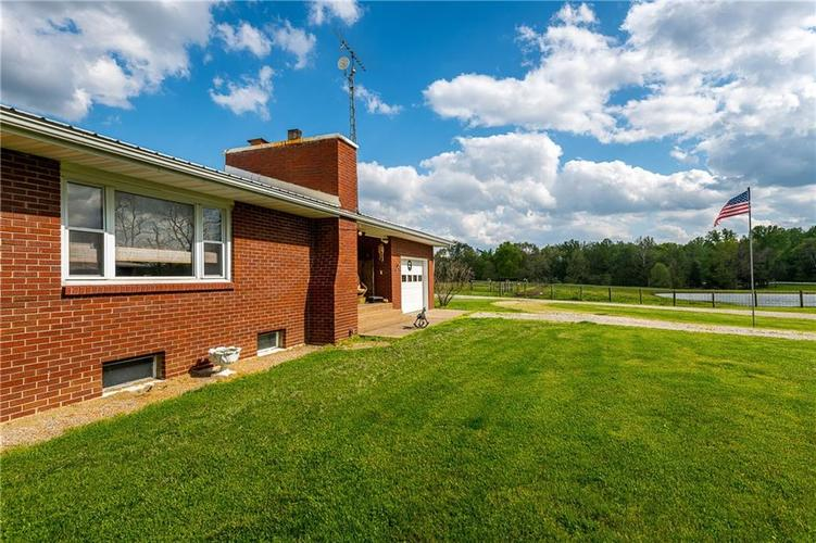 1676 N State Road 3 Lexington IN 47138 | MLS 21709338 | photo 11
