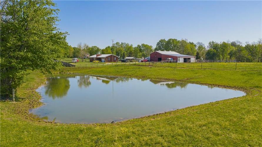 1676 N State Road 3 Lexington IN 47138 | MLS 21709338 | photo 2