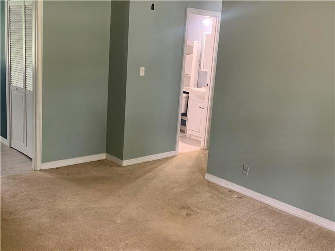 8909 Depot Drive Indianapolis IN 46217 | MLS 21709361 | photo 25