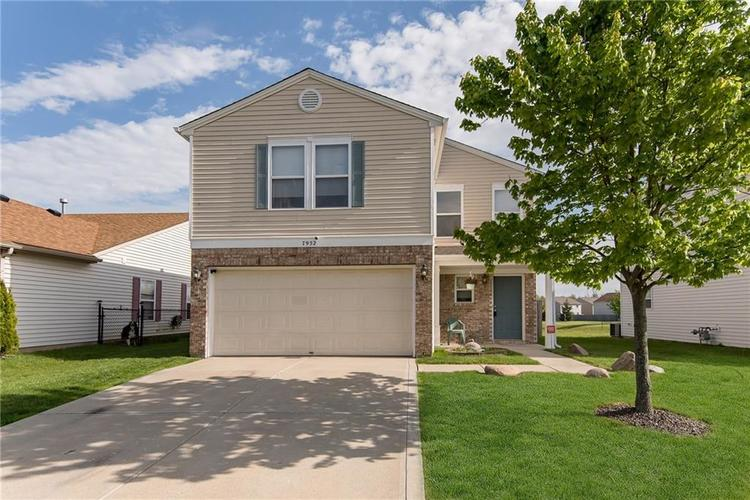 7952 States Bend Drive Indianapolis IN 46239 | MLS 21709372 | photo 1