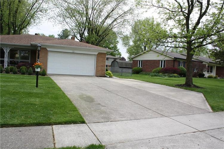 6801 Castle Manor Drive Indianapolis IN 46214 | MLS 21709374 | photo 35