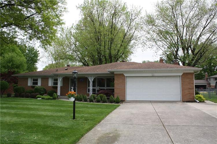 6801 Castle Manor Drive Indianapolis IN 46214 | MLS 21709374 | photo 36