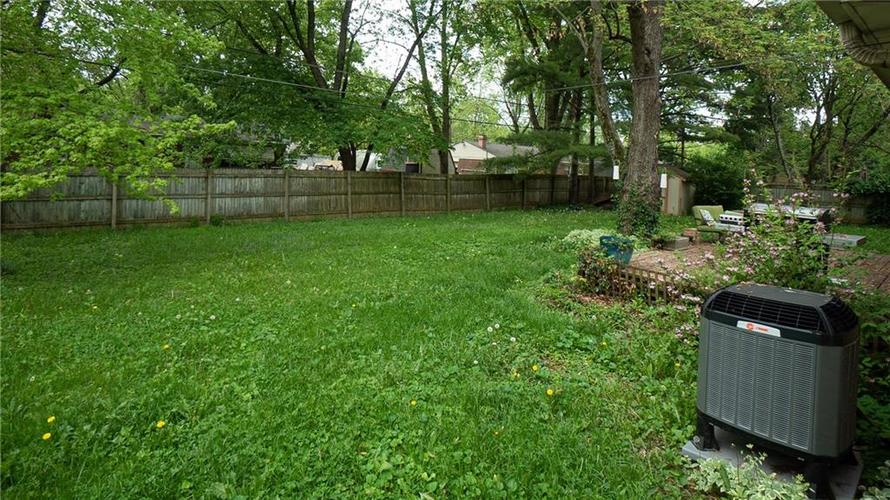 10321 N New Jersey Street Indianapolis IN 46280   MLS 21709413   photo 18