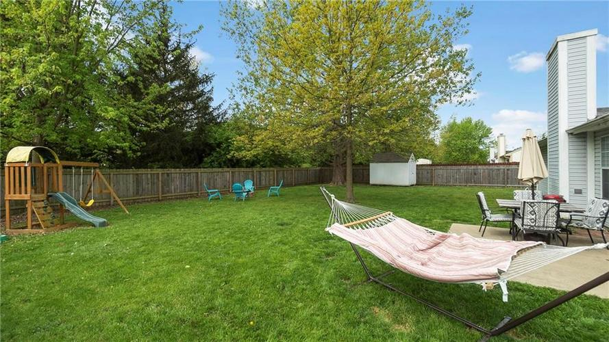 8029 CHRISTIANA Way Indianapolis IN 46256 | MLS 21709423 | photo 19
