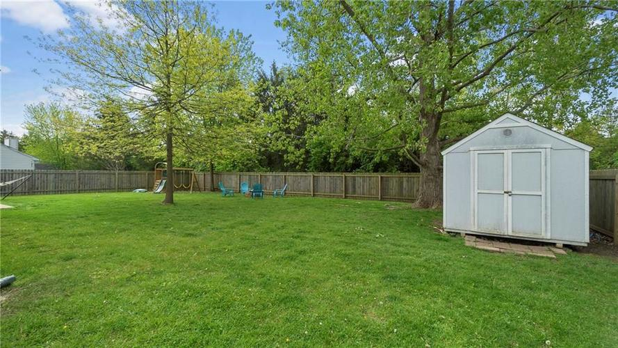 8029 CHRISTIANA Way Indianapolis IN 46256 | MLS 21709423 | photo 20