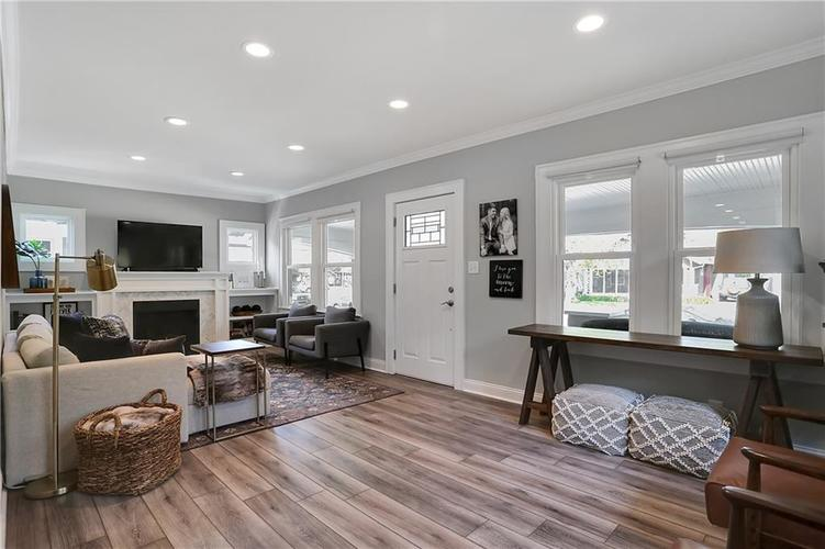 4924 Guilford Avenue Indianapolis IN 46205 | MLS 21709461 | photo 12