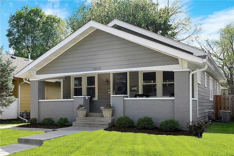4924 Guilford Avenue Indianapolis IN 46205 | MLS 21709461 | photo 2