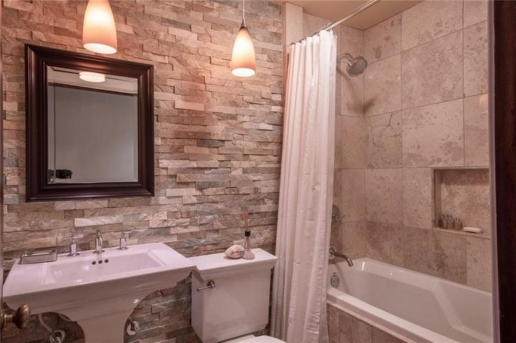 87 W 43rd Street Indianapolis IN 46208 | MLS 21709462 | photo 26