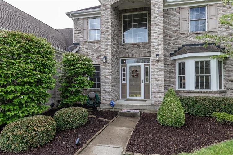 9103 Iris Lane Zionsville IN 46077 | MLS 21709489 | photo 2