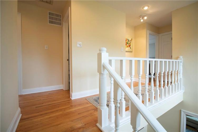 6857 Marmont Court Indianapolis IN 46220 | MLS 21709562 | photo 14