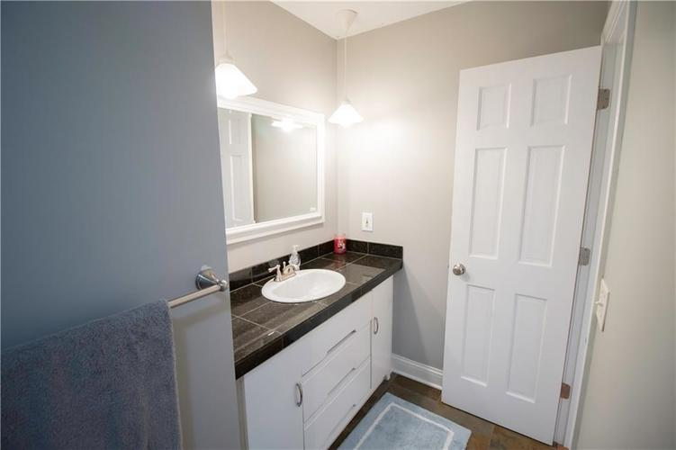 6857 Marmont Court Indianapolis IN 46220 | MLS 21709562 | photo 19