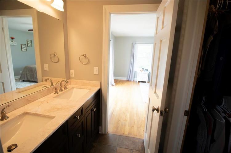 6857 Marmont Court Indianapolis IN 46220 | MLS 21709562 | photo 23