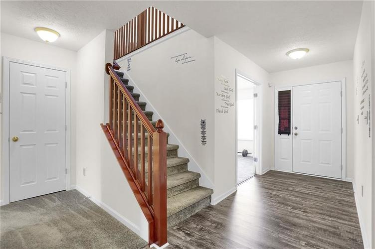 3726 Boundary Bay Drive Indianapolis IN 46217 | MLS 21709581 | photo 18