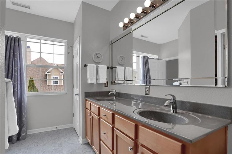 741 Charlotte Place Westfield IN 46074 | MLS 21709586 | photo 25