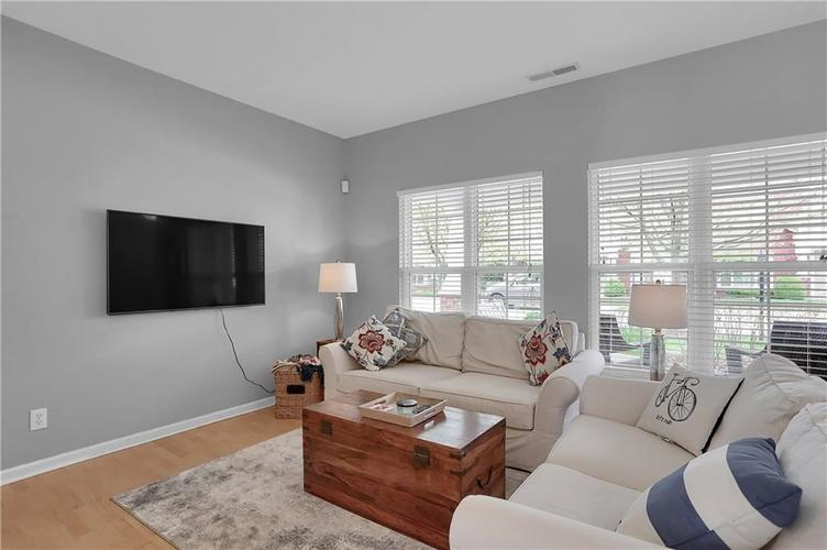 741 Charlotte Place Westfield IN 46074 | MLS 21709586 | photo 7