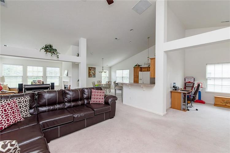 1137 Blue Bird Drive Indianapolis IN 46231 | MLS 21709613 | photo 8