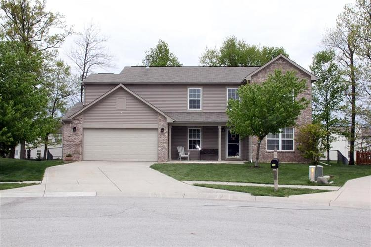 5161 Gray Wood Court Indianapolis IN 46235 | MLS 21709619 | photo 1