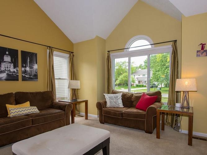 1120 KEENELAND Court Indianapolis IN 46280 | MLS 21709631 | photo 6