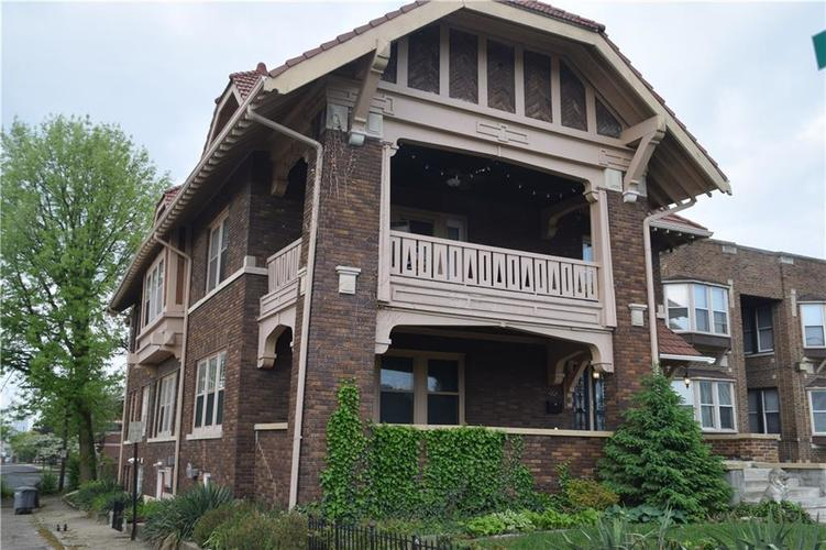 37 W FALL CREEK Parkway S Drive Indianapolis IN 46208 | MLS 21709644 | photo 2