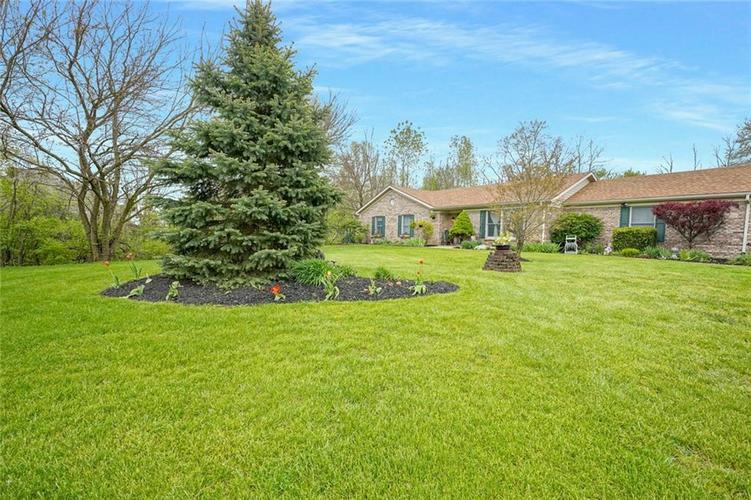 12617 Walrond Road Fishers IN 46037 | MLS 21709652 | photo 4