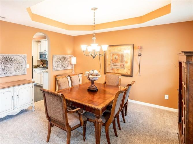 6286 Strathaven Road Noblesville IN 46062 | MLS 21709655 | photo 11