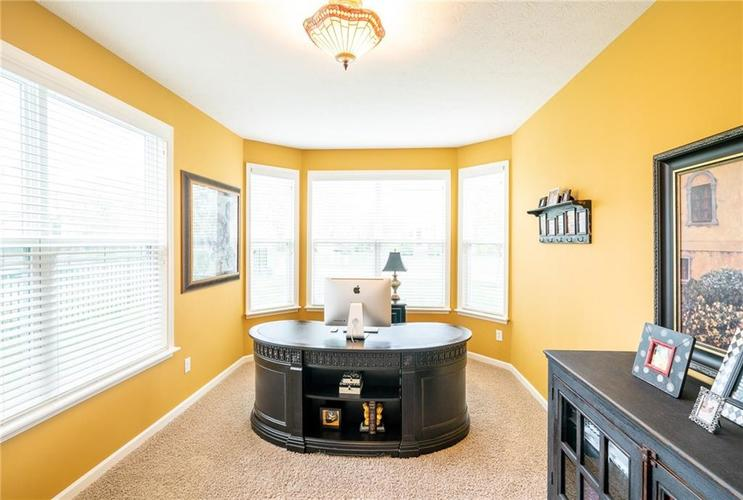 6286 Strathaven Road Noblesville IN 46062 | MLS 21709655 | photo 15